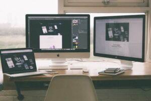 Role of UI & UX For Better CX In An Ecommerce website